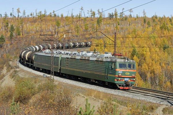 Постройка электровозов ВЛ85